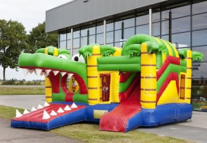 Hüpfburg Krokodil, Carpe Diem Events aus NRW vermietet diese Attraktion