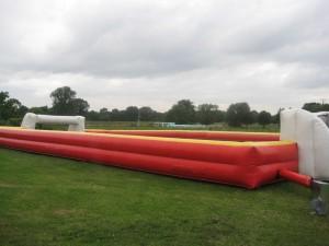 Fußball Umrandung oder Mobiles Fußballfeld ist zu mieten bei carpe Diem Events aus Kreis Heinsberg, NRW.