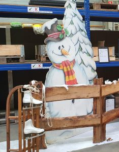 Winter Deko Schlitten zu  mieten bei Carpe Diem Events aus Selfkant, Kreis Heinsberg.