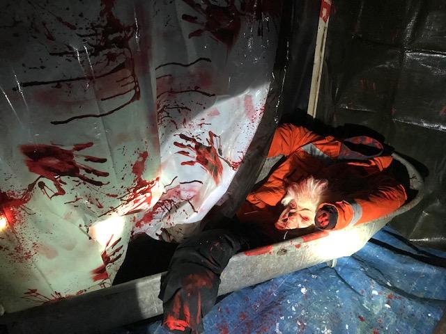 Halloween Leiche in der Badewanne zu Mieten bei Carpe Diem Events aus Kreis Heinsberg